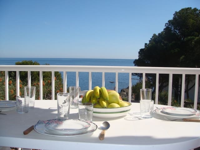 126 Apartment to rent sea views with a terrace quiet area