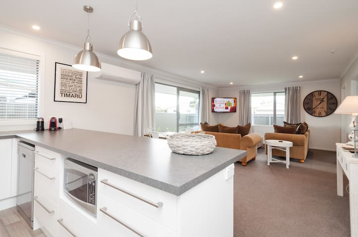 Luxury Twizel Apartment - B