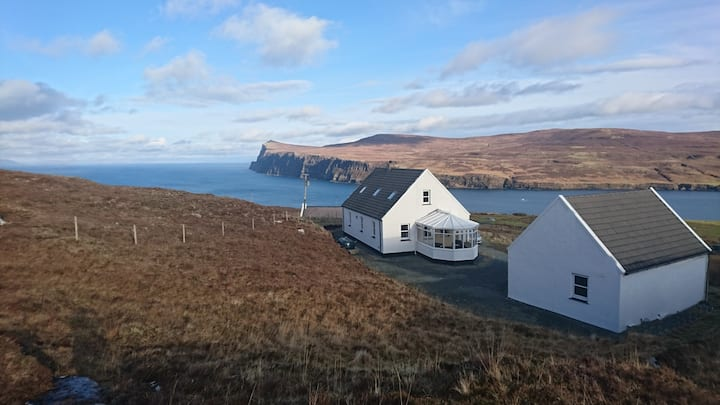 Waterfall View - delightful cottage, amazing views