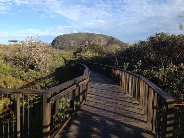 Brand new -  Best of the bush and the beach - Mount Coolum - Autre