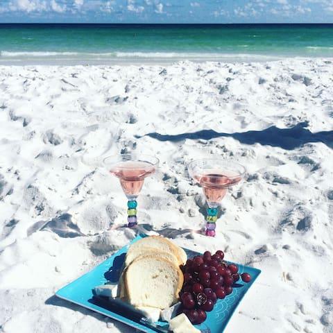 Private Beach Access!!