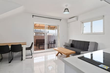 Best offer Bat Yam private balcony free parking(1)
