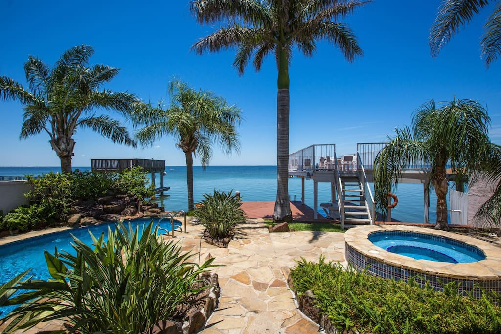 Barracuda bay house houses for rent in south padre for Cabin rentals south padre island tx