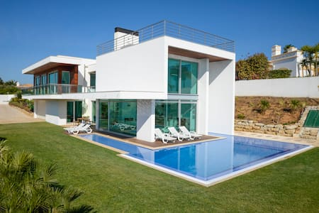 Villa Palmares Beach, Golf & Dream - Odiáxere