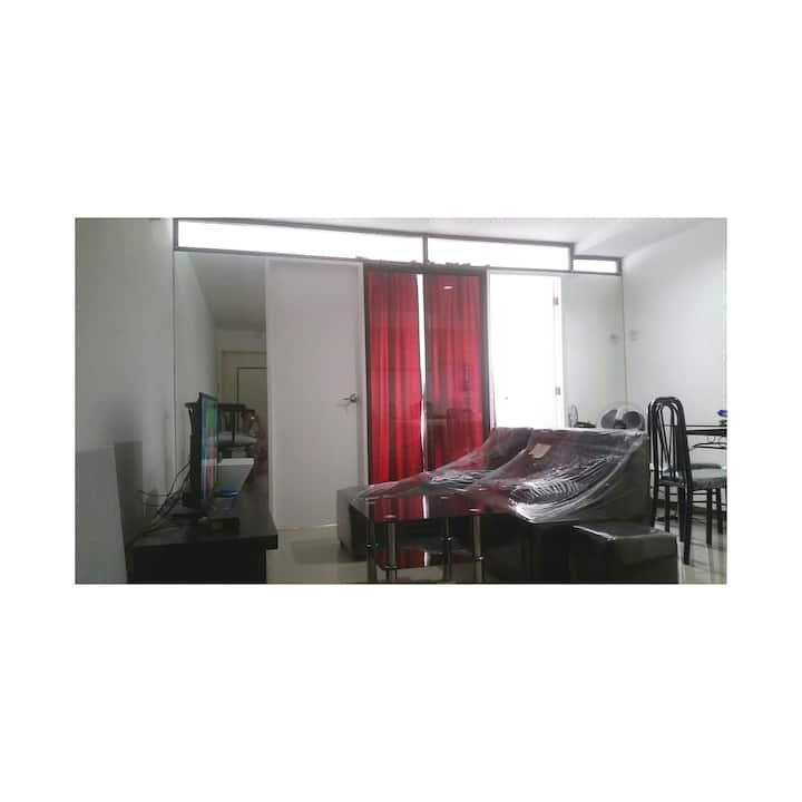 2 Bedroom Scandanavian Condo - Wynn Plaza