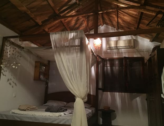 Bedroom 1 -  One Queen-size Canopy Bed and...