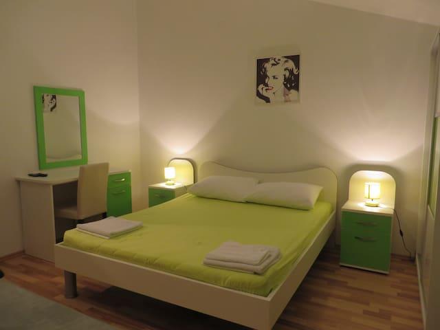Studio apartment Hvar A2
