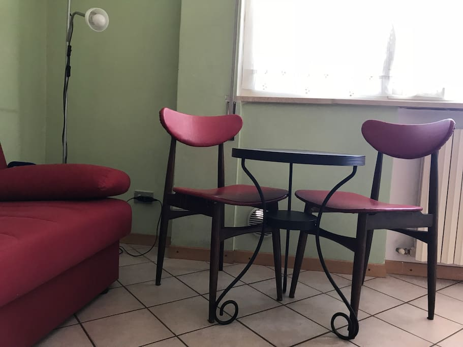 Un piccolo angolo dove prendere il caffè