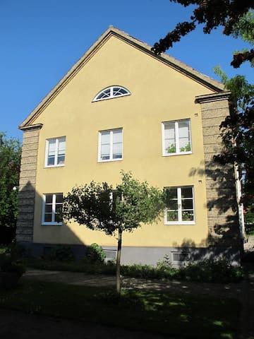 Charming apartment with garden view near Skt. Knut - Malmö - Flat