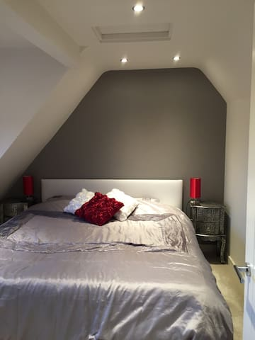 Top floor studio, Abingdon - Abingdon - House