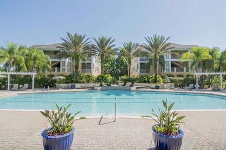 Private 3 Bedroom 2 Bath condo in Tampa, FL