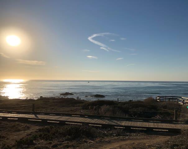 Boardwalk at Moonstone Beach (pic1)