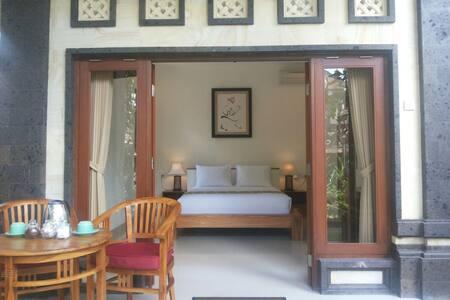 Ubud Ku guest house 4 - Ubud