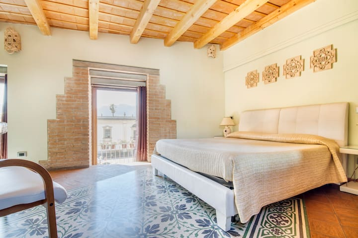 Hootel Duomo Monreale-rooms to rent