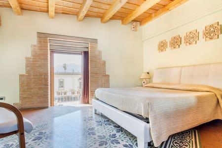 Hootel Duomo Monreale-rooms to rent - Monreale