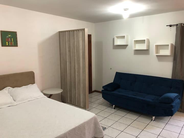 Apartamento inteiro /Centro Chapecó - Cama Box