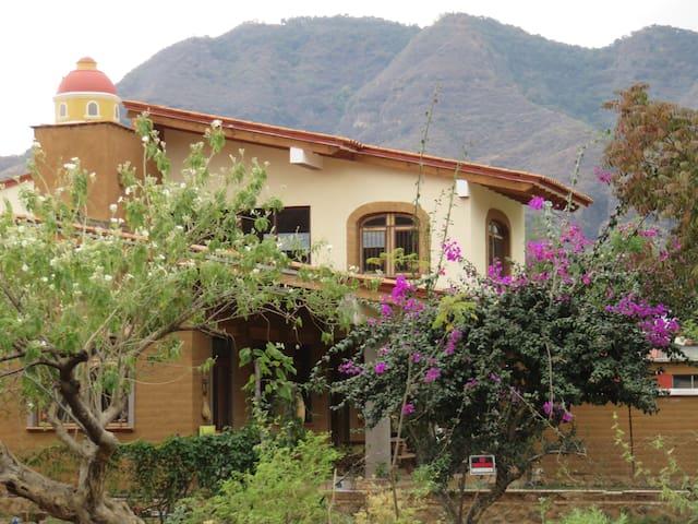 Escapate a Malinalco! Cerca de la cuidad de Mexico