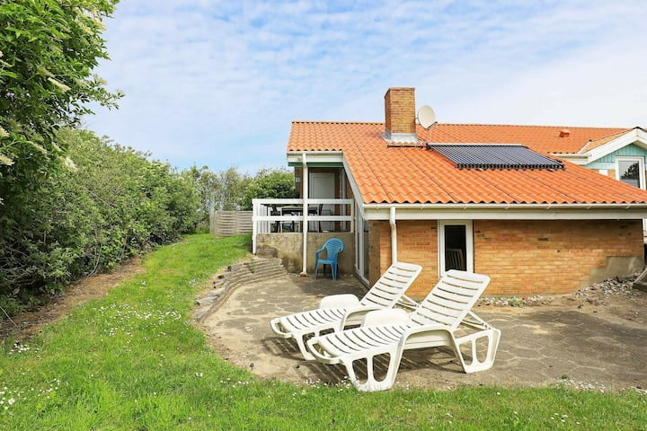 Restful Holiday Home in Ringkøbing with Sauna