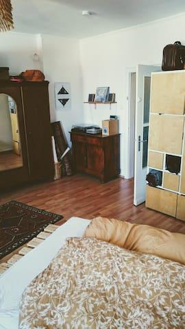 Zimmer (26qm)