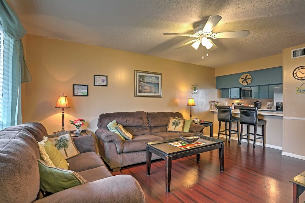 Gather with your guests in the cozy living room, where you can watch some of your favorite shows or movies on the flat screen cable TV.