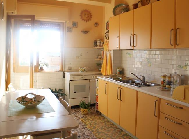 Appartamento di fronte al mare - Scoglitti - Apartment