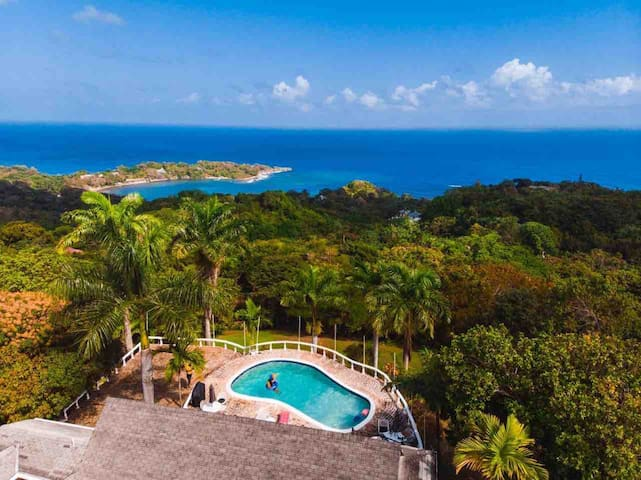 Sea views, close to frenchman cove, 1 bedroom- LSV