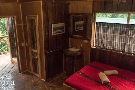 Utopia Eco Hotel - River Front Cabin