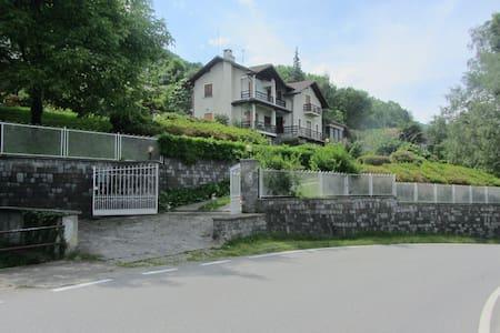 Villa Elisa - Campino