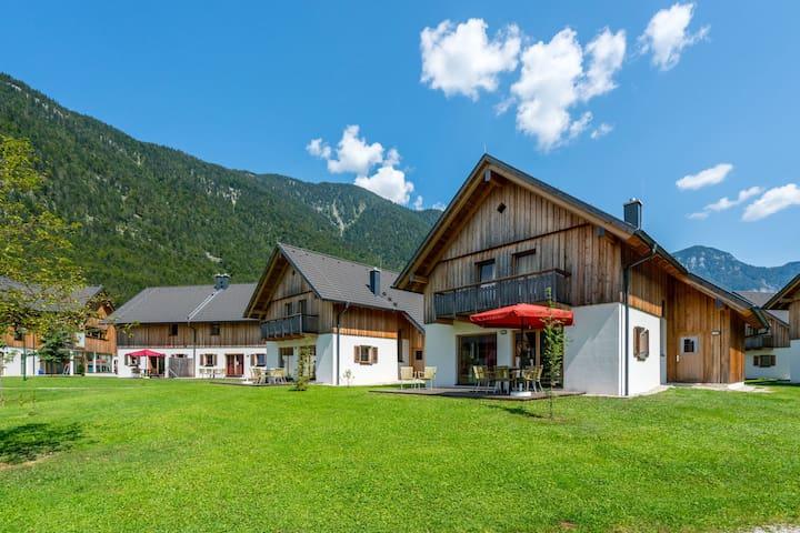 Nouveau chalet de luxe indépendant avec sauna situé au Hallstättersee/Obertraun