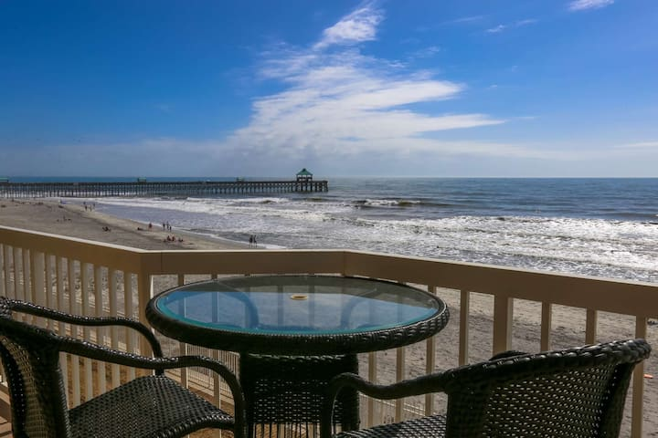 Oceanfront Condo w Ocean Views, Private Balcony, Gated Community with Pools & Private Beach Access.