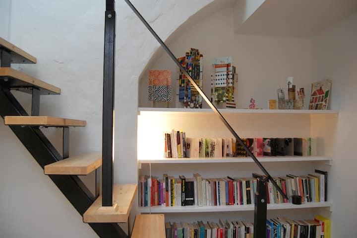 Discounted Architect-Designed Urban Cottage