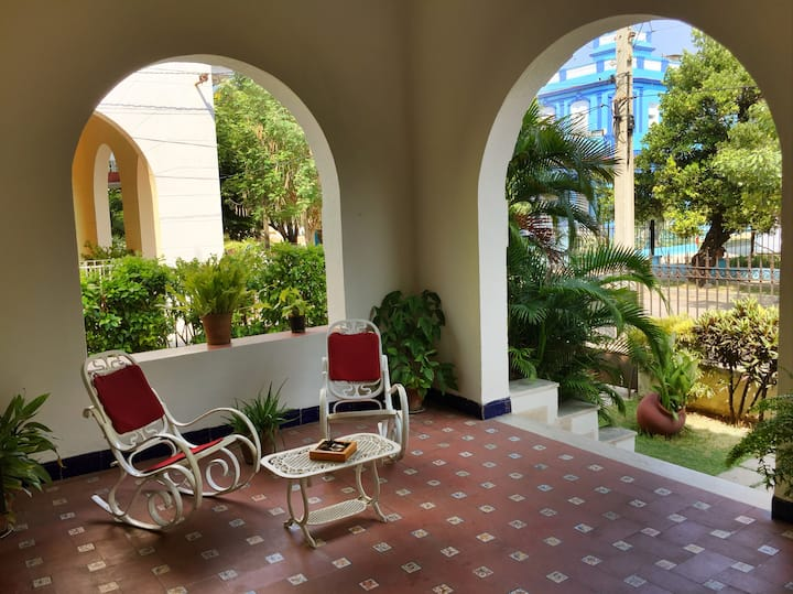 Yolanda's B&B: FREE WIFI + 3 rooms in La Havana