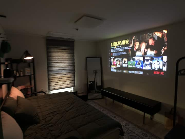 [Share house] private B room,  good traffic :)