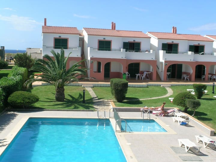 Apartamento en Cala  Forcat,piscina y WIFI