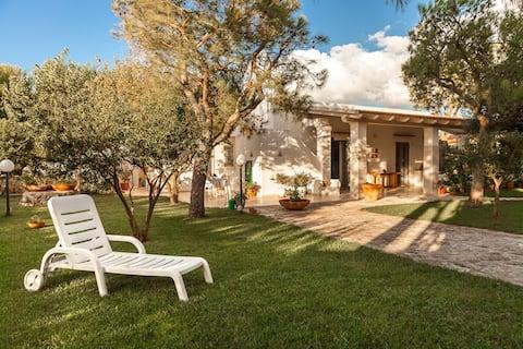 Villa  Mari & Monticelli