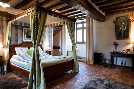 Manoir Senechaussee Lantiern - Chambres d'hotes Bretagne - Chambre Goival