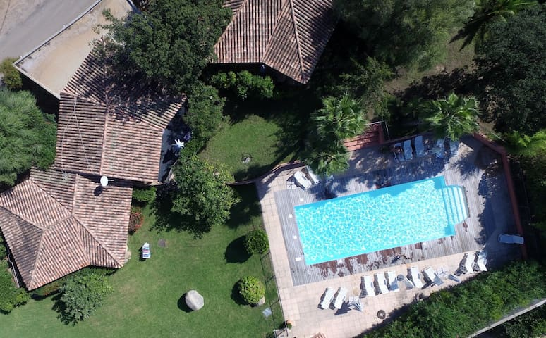 Villa 3 chambres, piscine, proche mer