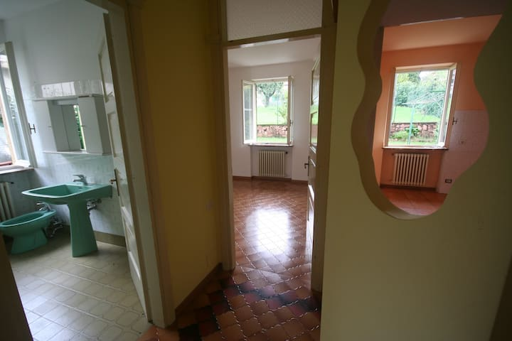 Accogliente appartamento ideale per 3-4 parsone - Baraggia - Apartment