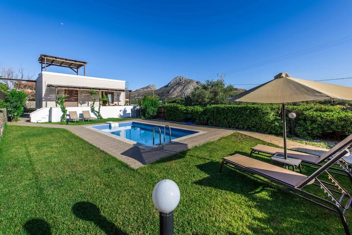 Gasparakis villas Myrto Two Bedroon Bungalow