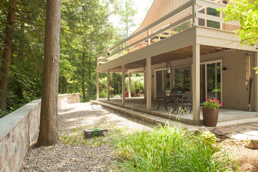 garden view of the patio