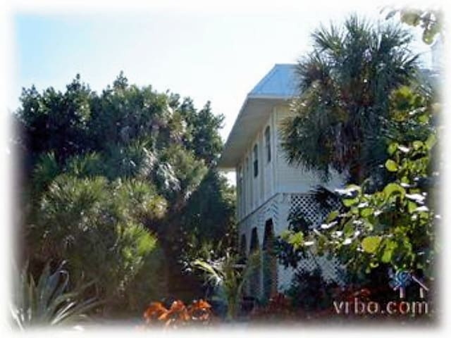 2 BR on Private Tropical Island - North Captiva