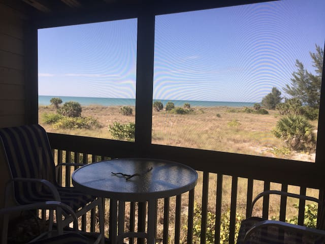 Beachfront condo on Little Gasparilla Island! - Placida - Kondominium