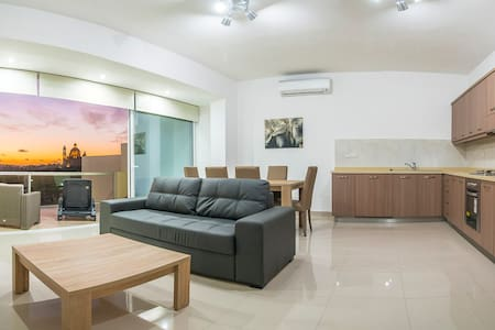 no.2 St.John Apartment - Xewkija