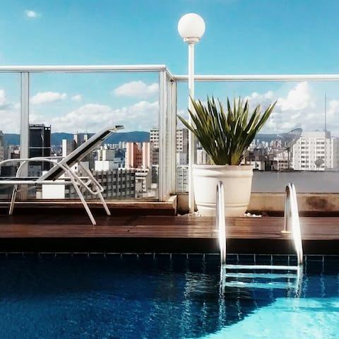 Nice area/Building rooftop pool - São Paulo - Lägenhet