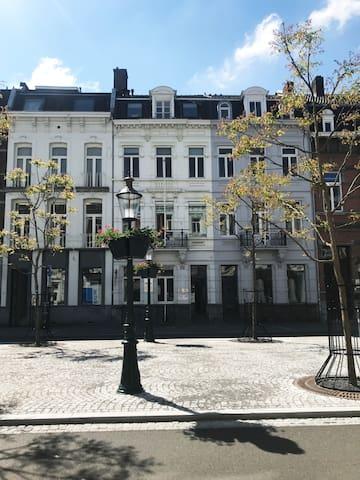 Sfeervol Luxe penthouse centrum Maastricht (Wyck)
