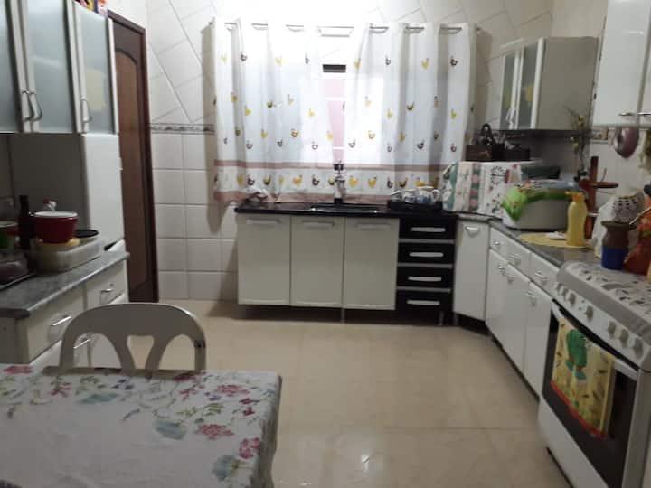 Casa inteira - Familiar - Jd. Dona Fatima Osman