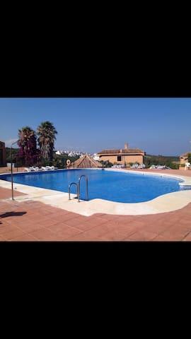 Apartamento Turistico - La Alcaidesa - Wohnung