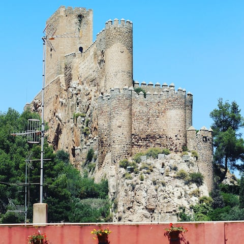 Lodging in the heart of Almansa room 3