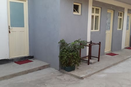 Twin BED RM@lucyguesthouse near Edna Mall - Addis Ababa - Inap sarapan