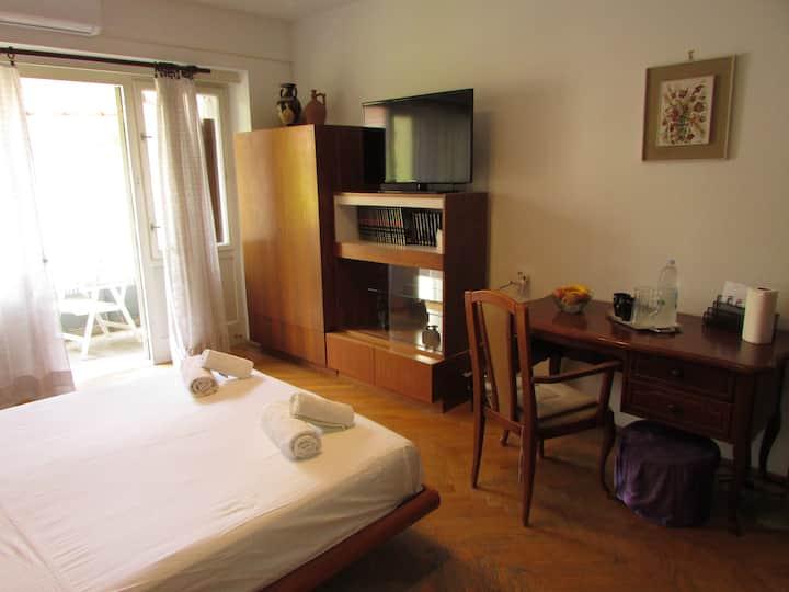 Sunshine Rooms with balcony - Room Sunny
